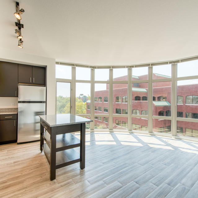 Floor to ceiling windows at The Bradley Braddock Road Station Apartments